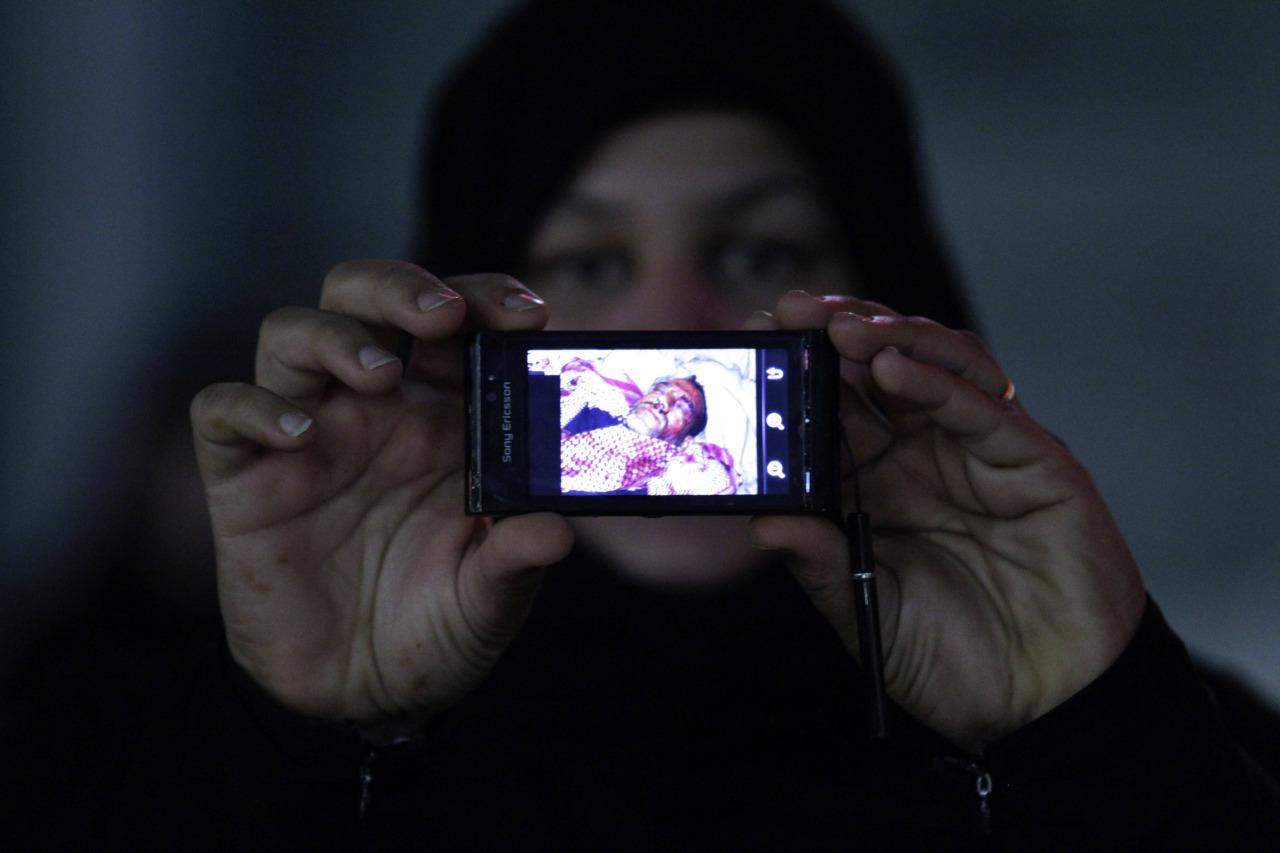 Фото девушек с украденных сотовых телефонов и фотоаппаратов