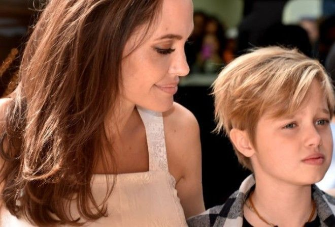 12-летняя дочь Анджелины Джоли хочет рассказать всю правду о поведении мамы