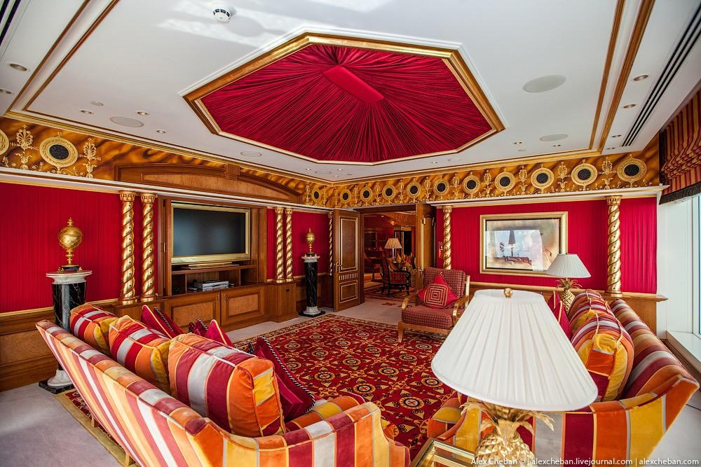 BurjAlArab06 Золото для шейхов и олигархов: самый дорогой номер в семизвездочном отеле Burj Al Arab