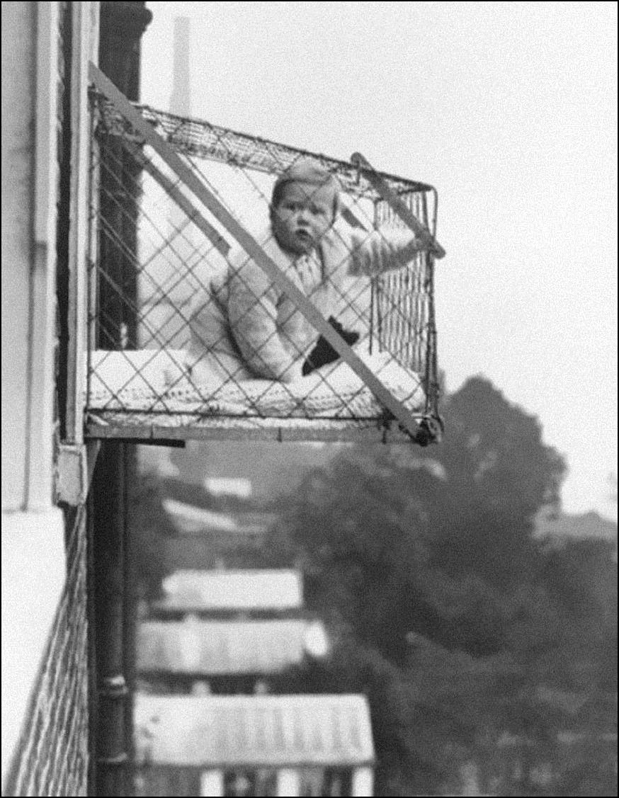 Детская клетка для пребывания ребенка на свежем воздухе, 1937 Историческая фотография, история, факты