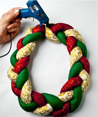 Текстильный рождественский венок. Мастер-класс (4) (396x474, 392Kb)