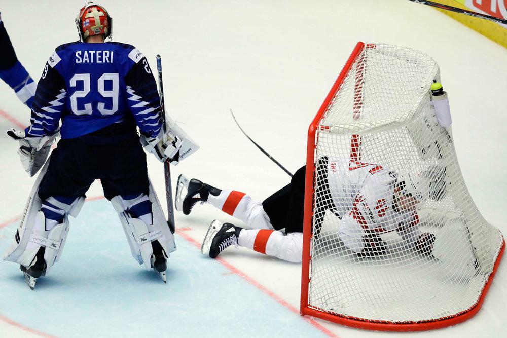 Сборная Швейцарии сенсационно вышла в полуфинал чемпионата мира