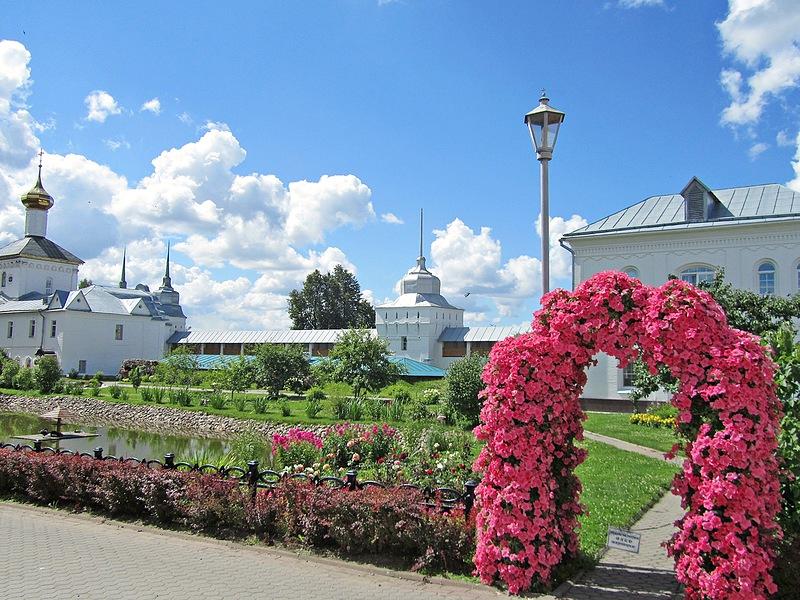 Толгский Свято-Введенский монастырь