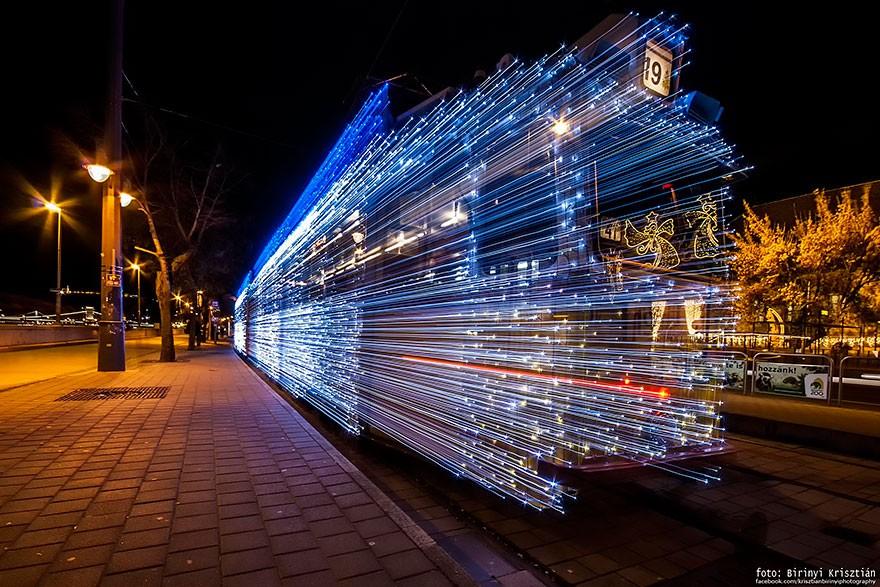 trams08 Чудесные светящиеся трамваи в ночном Будапеште