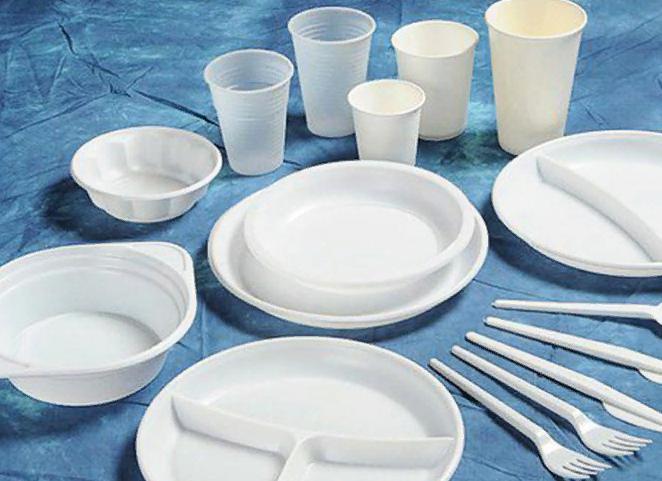 Пластиковая посуда: почему н…