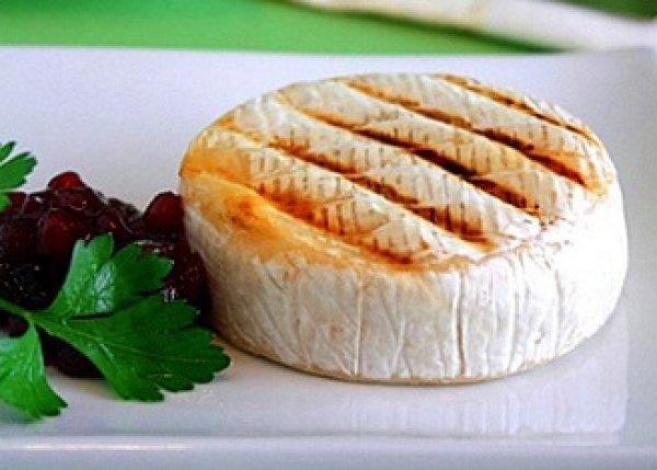 Сосиска в слоеном дрожжевом тесте в духовке рецепт пошагово