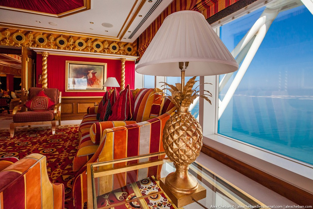 BurjAlArab07 Золото для шейхов и олигархов: самый дорогой номер в семизвездочном отеле Burj Al Arab