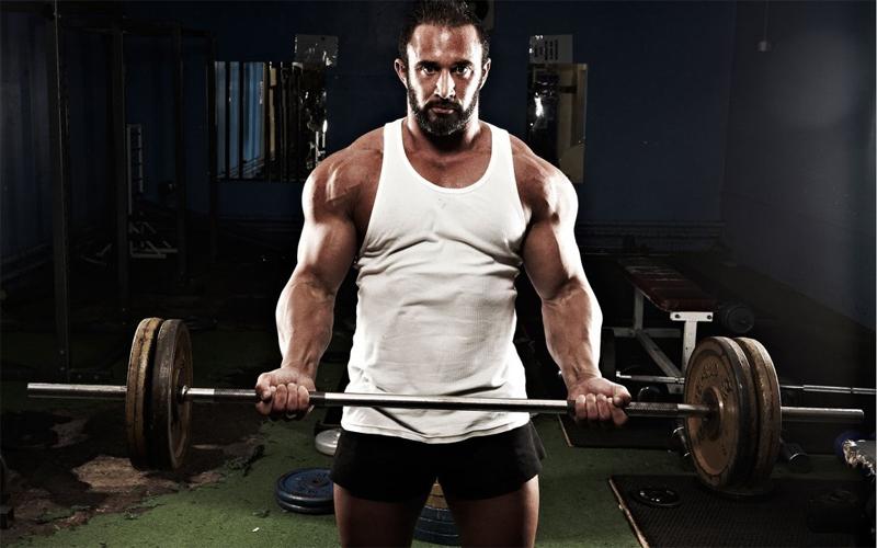 5 причин поднимать тяжелый вес
