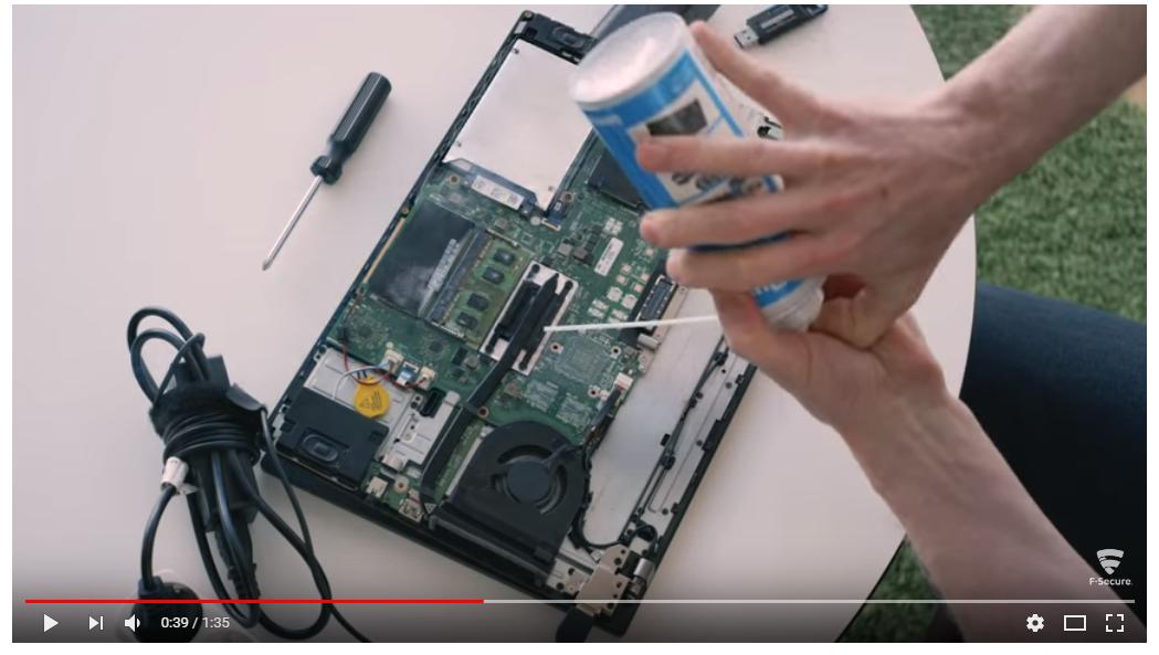 Эксперты раскрыли способ взломать любой компьютер в мире