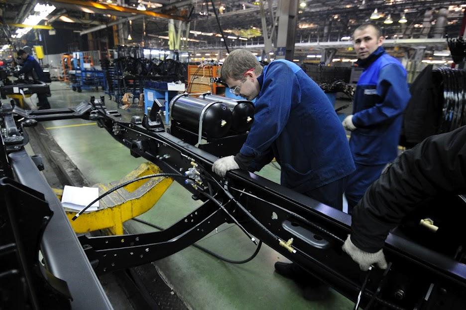 DSC4440 КамАЗ выпустил 2 000 000 й грузовик