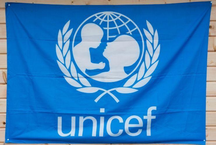 В ООН подводят итоги года на Донбассе — 36 обстрелов школ, 430 тыс. детей живут с психологическими травмами