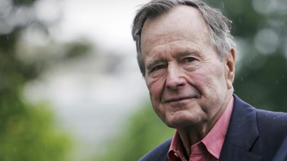 Совершенно потрясающее интервью Буша-старшего в 1992 году