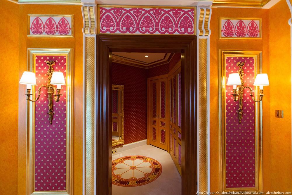 BurjAlArab31 Золото для шейхов и олигархов: самый дорогой номер в семизвездочном отеле Burj Al Arab
