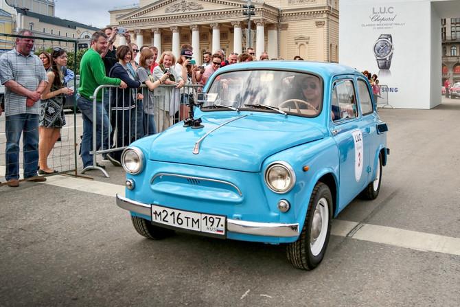 Самые красивые автомобили Москвы