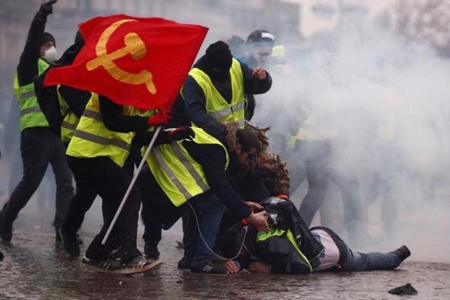 О «руке Москвы» в Париже: громкие разоблачения и шокирующие подробности