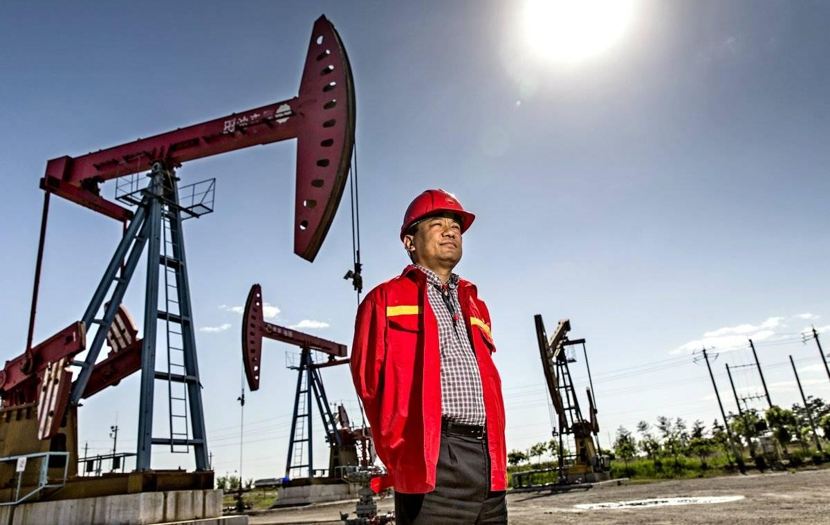 Китай объявил Штатам нефтяное эмбарго