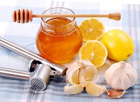 Лечу горло витаминной домашней смесью