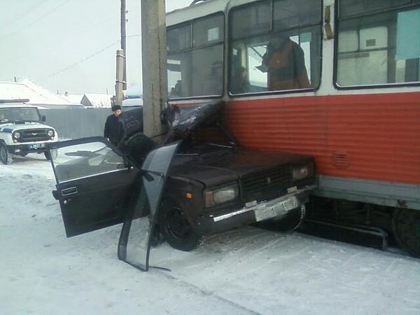 Кто решит с трамваем спорить?