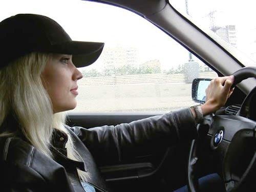 блондинки без лица за рулем фото