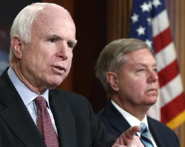 Маккейн пообещал Путину расплату за высланных дипломатов