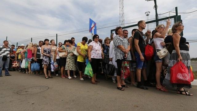 Украинский дипломат: Киеву придется кормить миллионы российских беженцев
