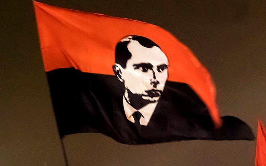С 1 января следующего года Украина будет чествовать убийц