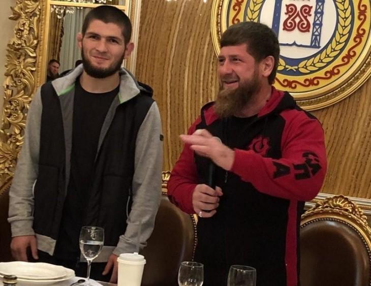 Кадыров позвал Хабиба на ужин и подарил ему Мерседес