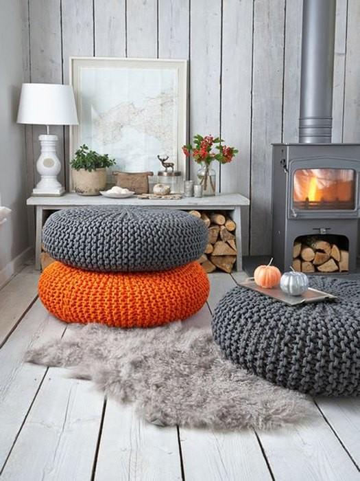 Причины, по которой стоит выкинуть диван из малогабаритки: [b] Причина №8:[/b] пуф занимает меньше места.