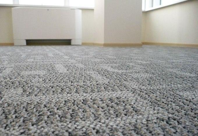 Как выполняется укладка ковролина своими руками? Инструкция по монтажу коврового покрытия