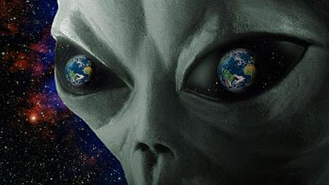 Экс-астронавт NASA: инопланетяне предотвратили ядерную войну между США и СССР