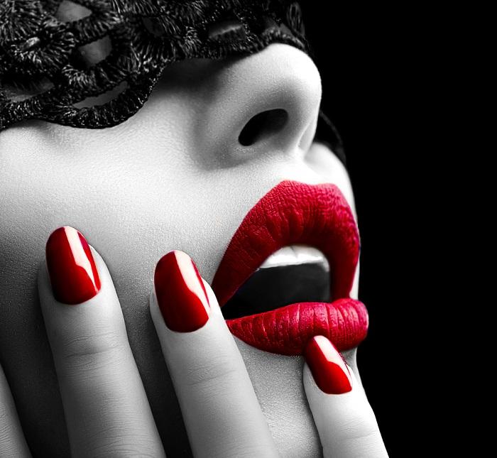 Почему женщины отказываются от макияжа