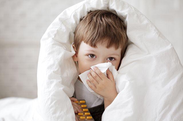 Лечим простуду. Народные средства или лекарства?