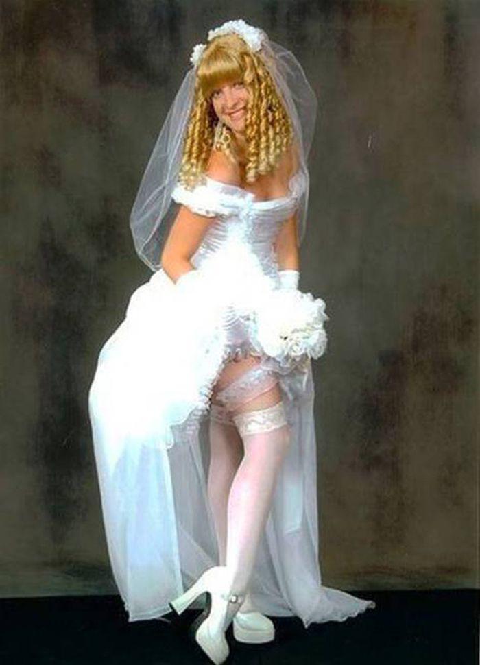 5. Может, двадцать лет назад такое и было в моде Свадебные платья, свадьба