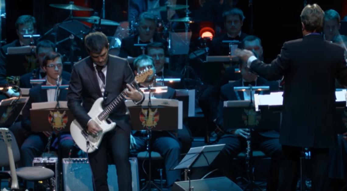 КИНО - Группа крови (Юрий Каспарян и Президентский оркестр РБ) Минск (видео)