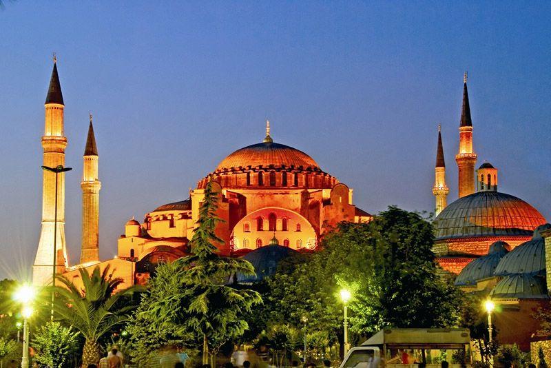Istanbul01 10 ���������������������� ��������, � �������� �� ������� �������������