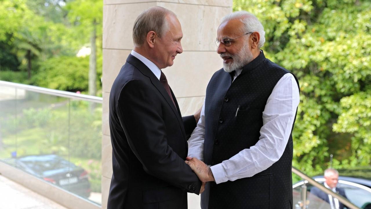 «Санкции вводить бесполезно»: эксперт оценил возможность ввода ограничений США против Индии