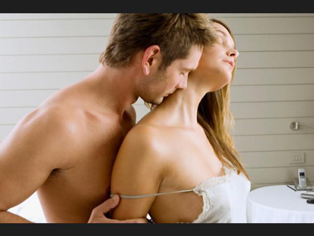 Паернь не хочет оральный секс