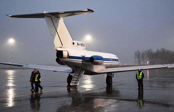 На Як-40 из Вологды в Санкт-Петербург и обратно