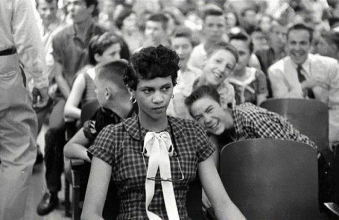 19 Дороти Каунтс первая чернокожая девушка посещающая школу для белых в США война история память