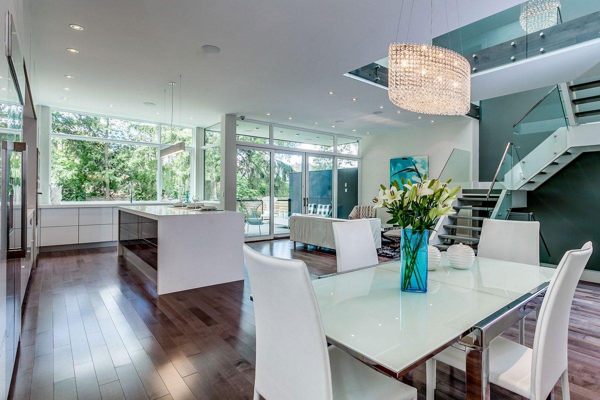 Комфортабельный дом в Канаде за 2,4 миллиона доларов