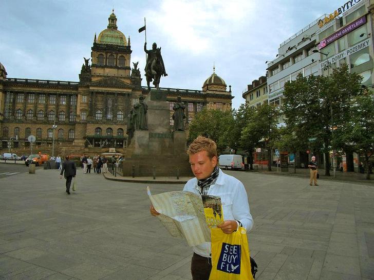 Я проехал 70 стран и понял, что точно не нужно брать с собой в путешествие (И выяснил, без каких 20 вещей никак не обойтись)