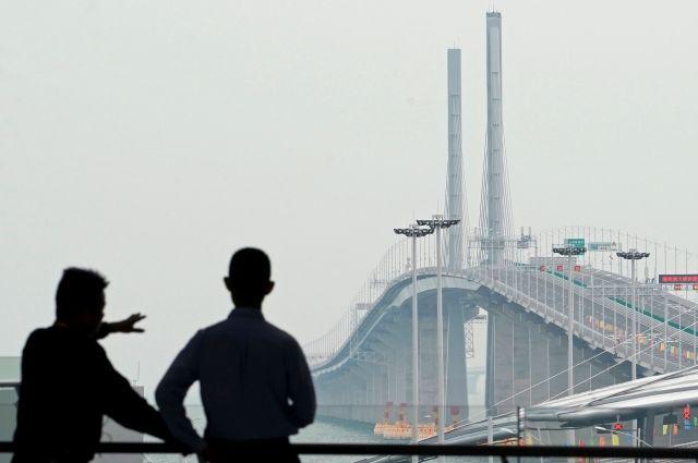 В Китае официально открыт самый длинный в мире морской мост