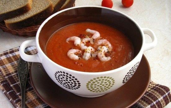 Остроту супа можно регулировать по вкусу, если вы не любите итальянские специи, замените их на прованские травы.