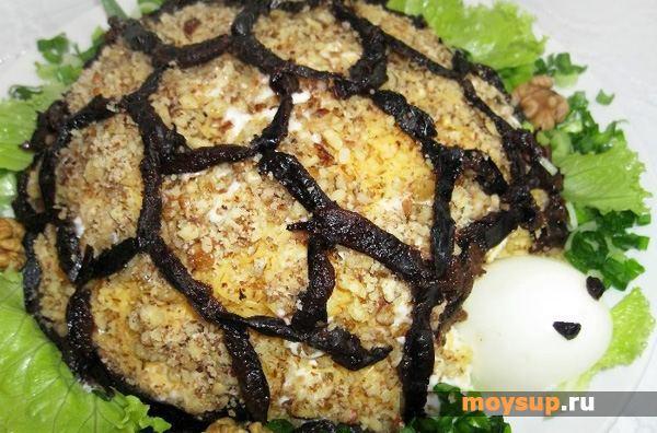 Салаты черепаха с черносливом рецепт