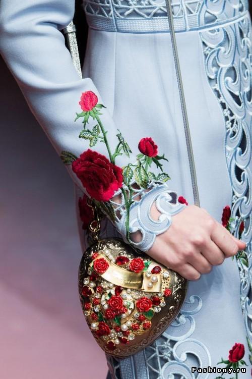 Красота в деталях: Dolce & Gabbana Осень-Зима 2015-2016 (сумки и обувь)