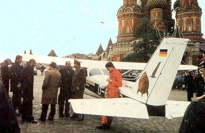 Спустя 28 лет корреспондент проверил, удастся ли ему повторить полет Маттиаса Руста и обойти ПВО РФ