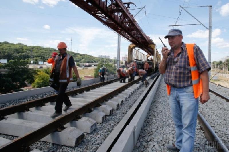 Дураки и дороги: Франция поможет Украине изменить ширину колеи для поездов