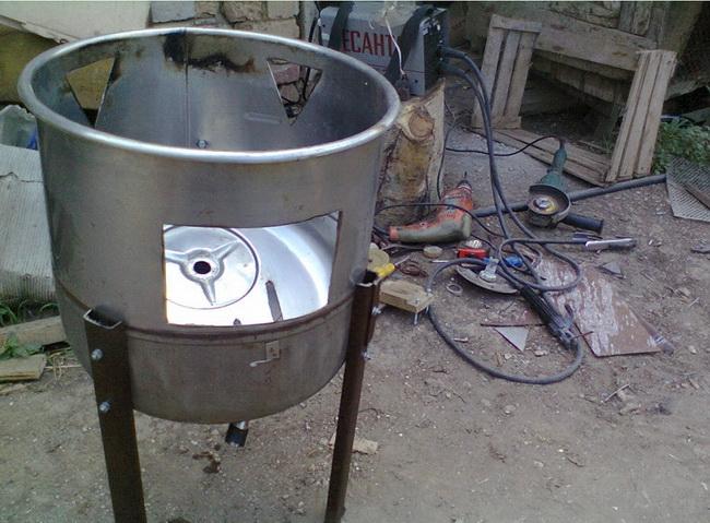 Самоделки для дачи. Как сделать мангал своими руками из простого бачка от стиральной машины
