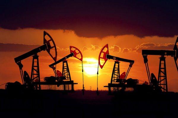 Цена нефти вернулась к значе…