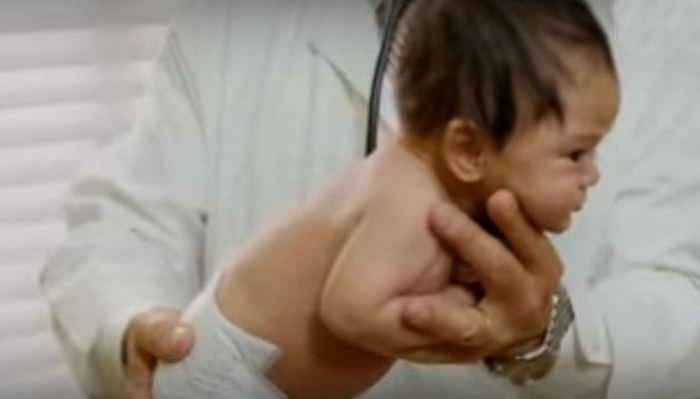 Опытный педиатр поделился секретом, как за минуту успокоить плачущего ребенка